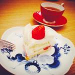 紗栄子さん愛用の食器>>ケーキ皿はコチラ>>[マイセン (Meissen) ブルーオーキッド]