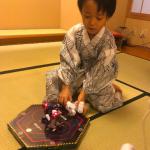 海老蔵さん&勸玄くんロボット遊びはコレ>>